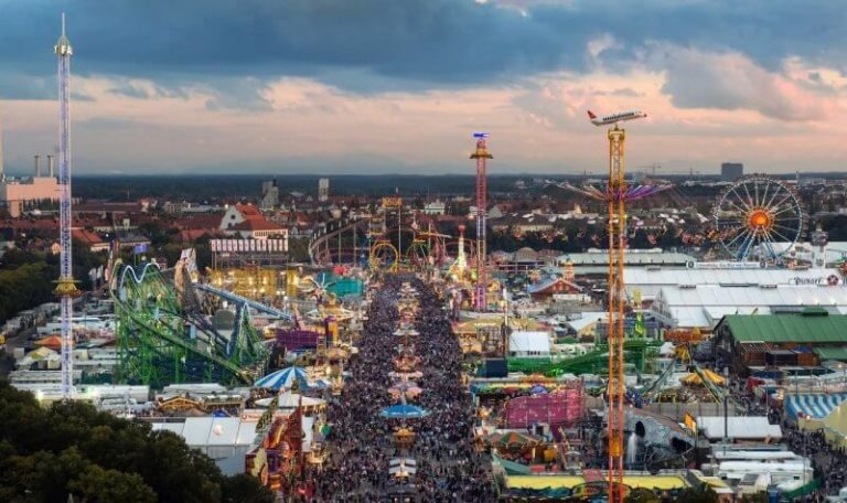 Attractions at Oktoberfest