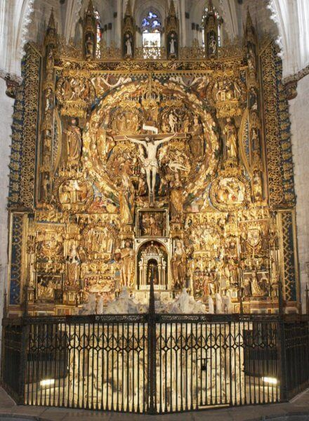 Altar in the monastery of Miraflores