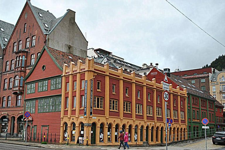 Facade of the Museum of the Hanseatic League and Søtstuen