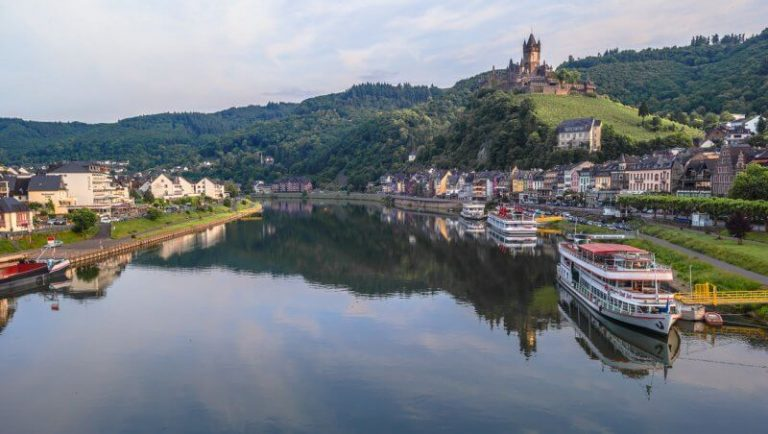 Ferries to Cochem