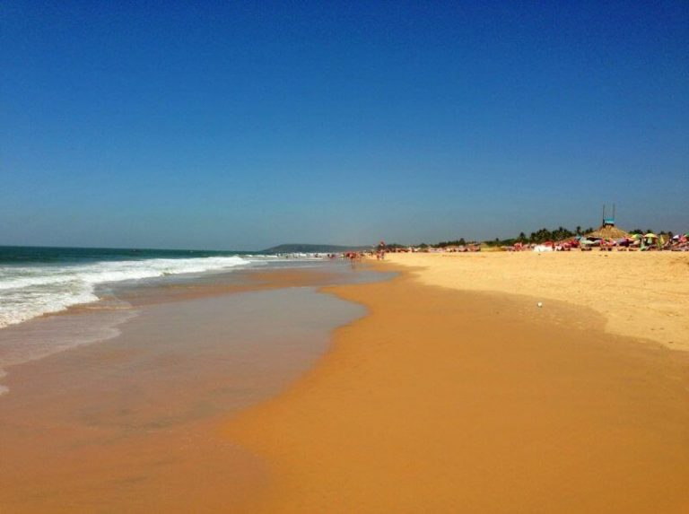Sand on the beach in Candolim