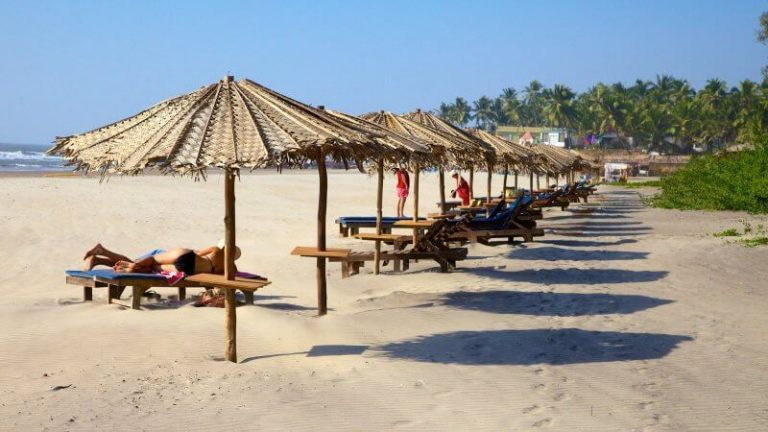 Sun loungers at Ashvem beach