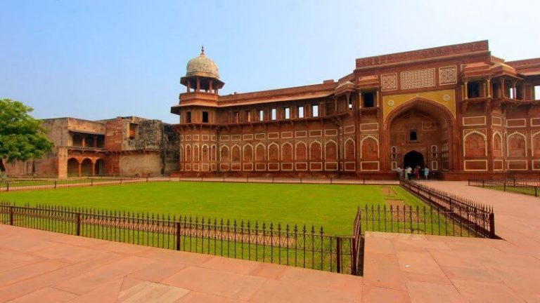 The territory of the Red Fort in Agra
