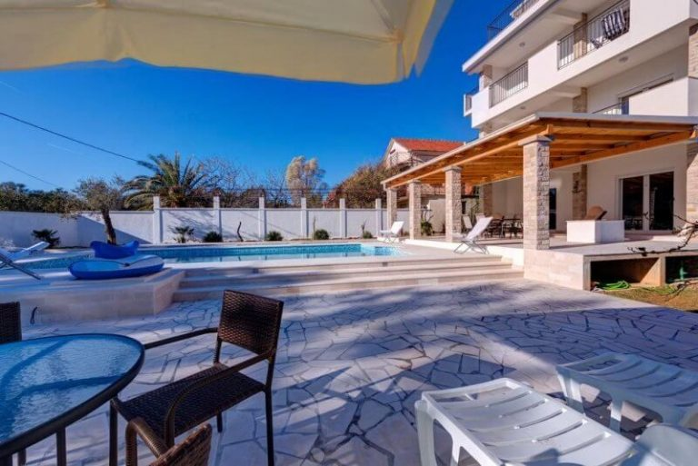 Villa Sandy Apartments, Tivat