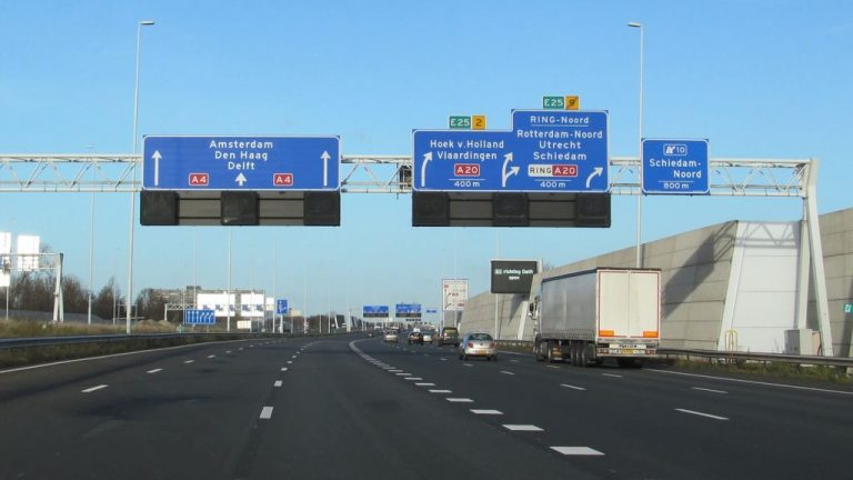 Highway A-4 to The Hague