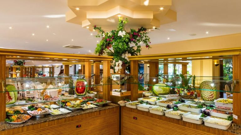 A variety of dishes at the Marmaris Hotel