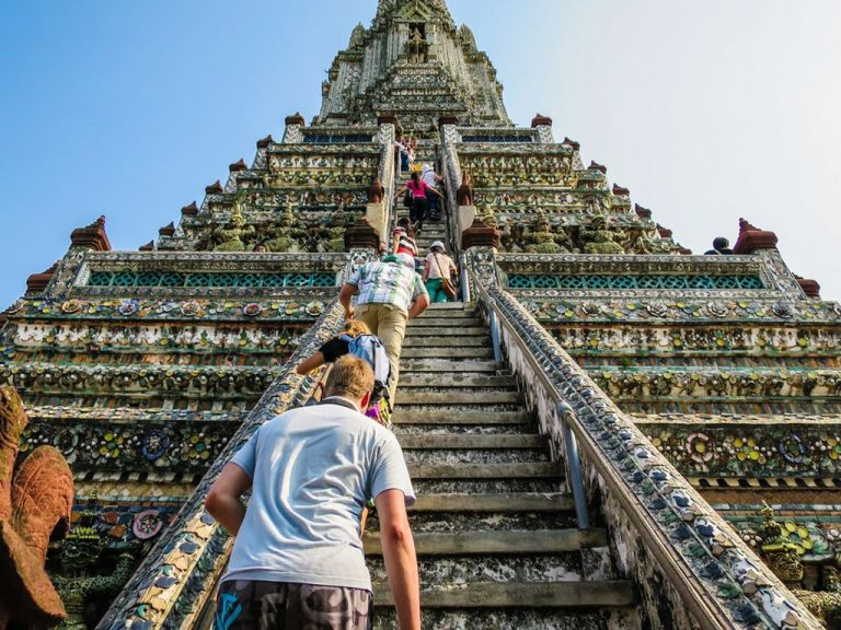Ascent to the top of the central pagoda