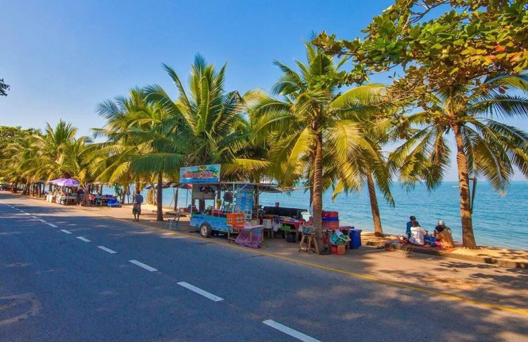Bang Saray Beach, Pattaya