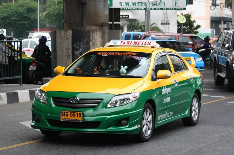 Taxis from anywhere in Bangkok