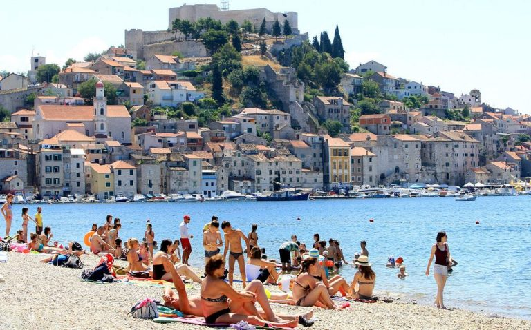 Sibenik city beach Banj