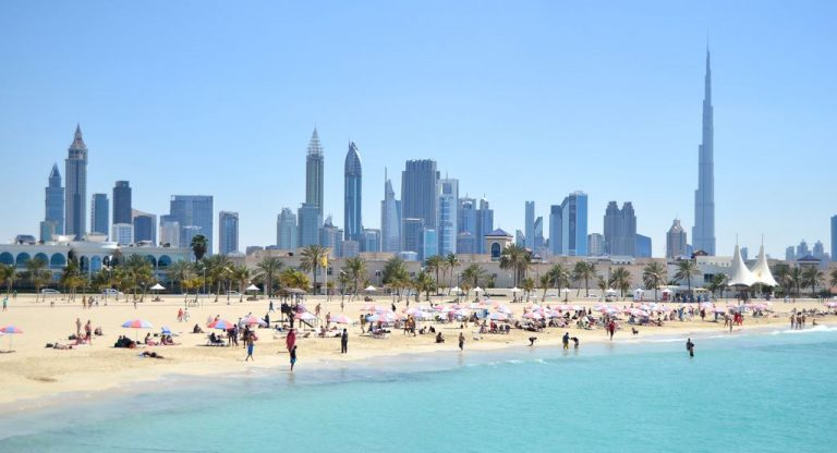 Beach holidays in October in the UAE