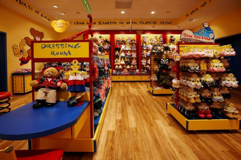 "Shop-workshop ""Build-A-Bear"""