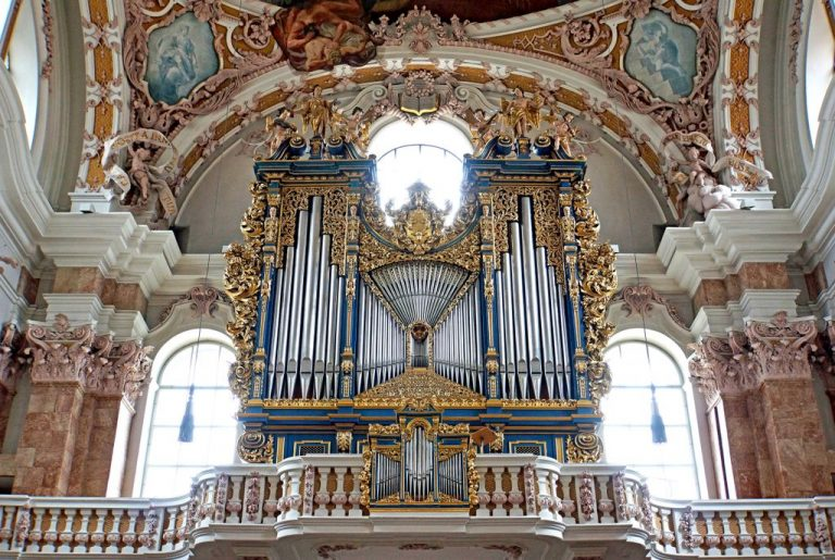 Organ in St. Jacob's Cathedral