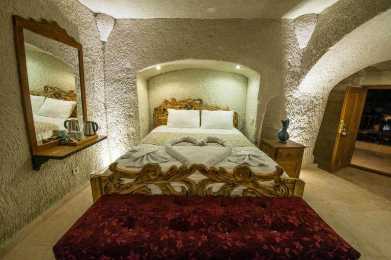 Hotel room Charming Cave Hotel