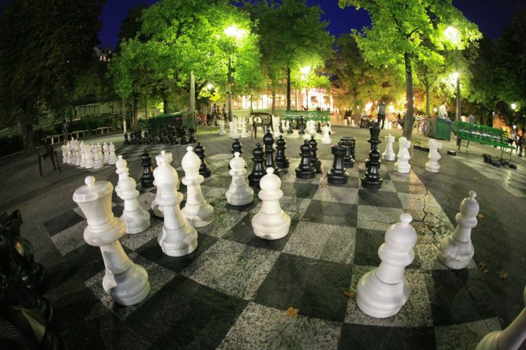 Chess at the Bastion Park in Geneva