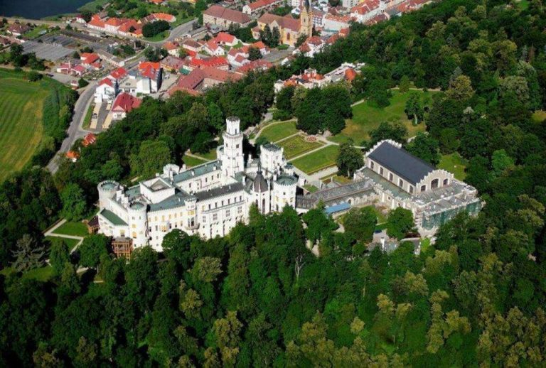 Hluboká nad Vltavou castle from above