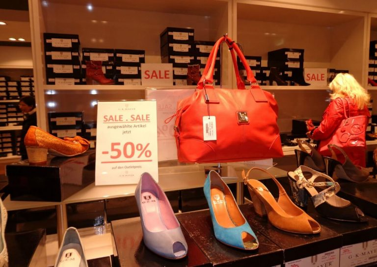 Sale shoes in Roermond outlet