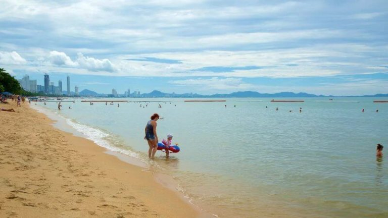 Donngtan Beach