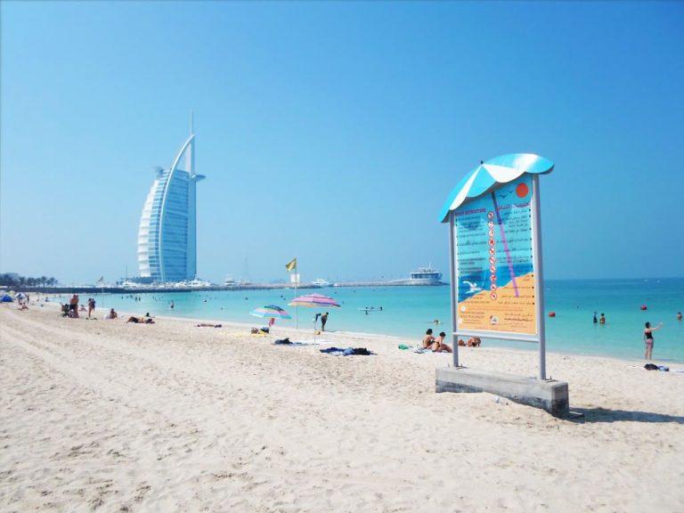 On Dubai Beach