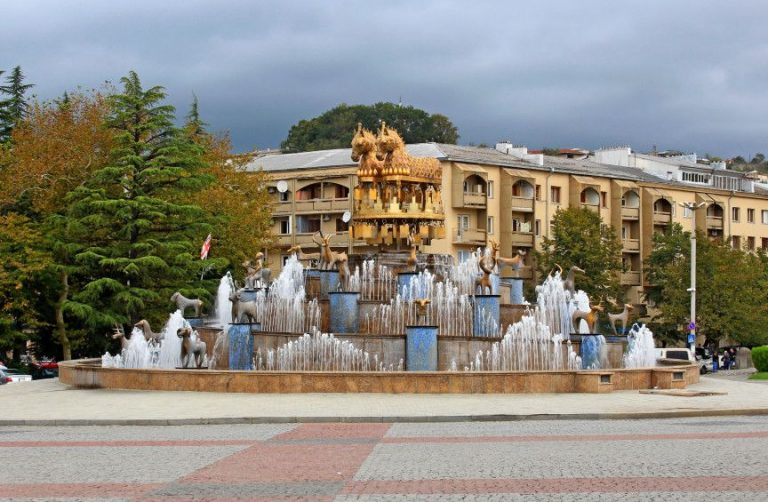Photo: fountain in the city center