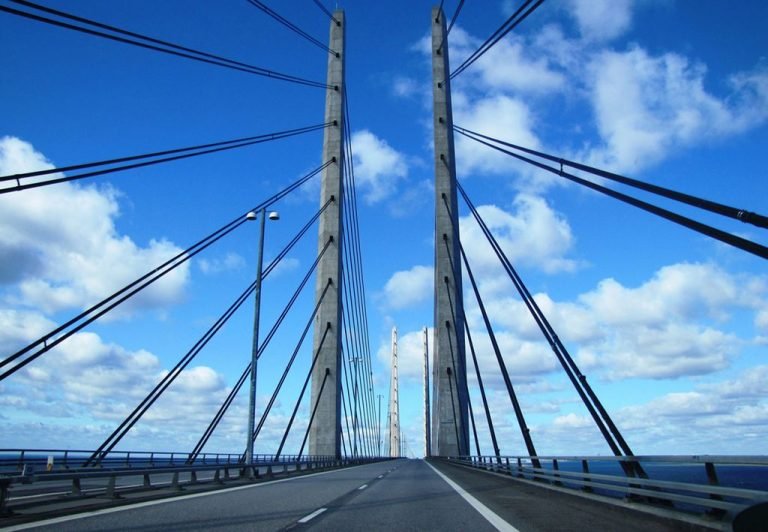 In a car moving on the Öresund bridge