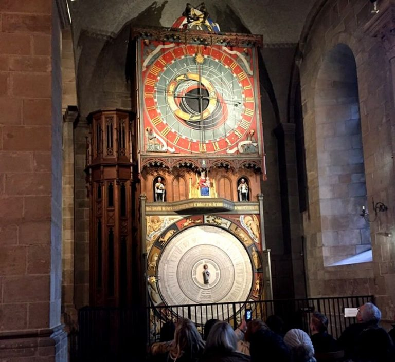 Medieval astronomical clock