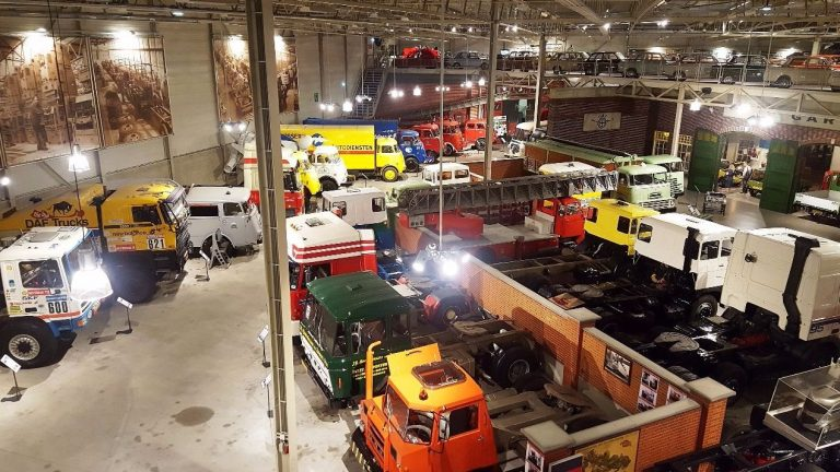 Cars at the DAF Museum