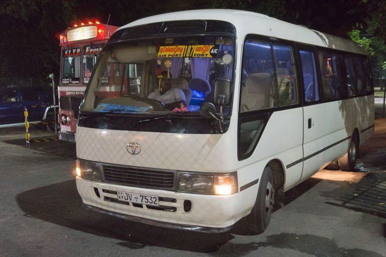 Minibus 187 from Colombo