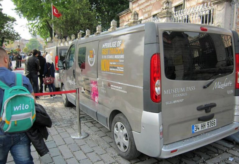 Minibus for sale at Museum Pass Istanbul
