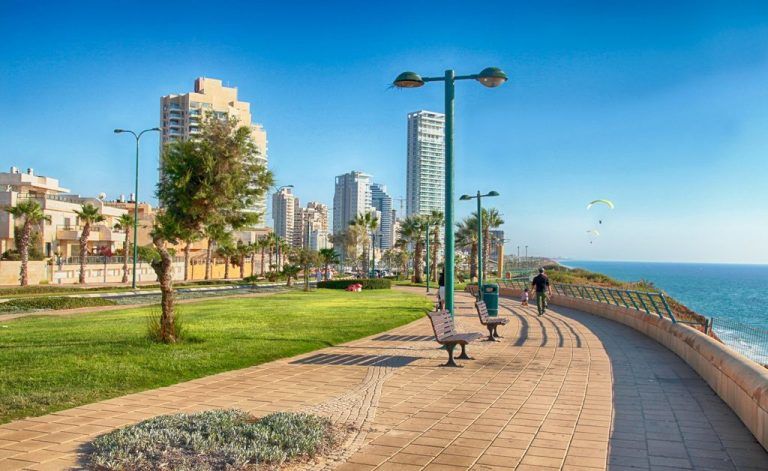 Walking the streets of Netanya