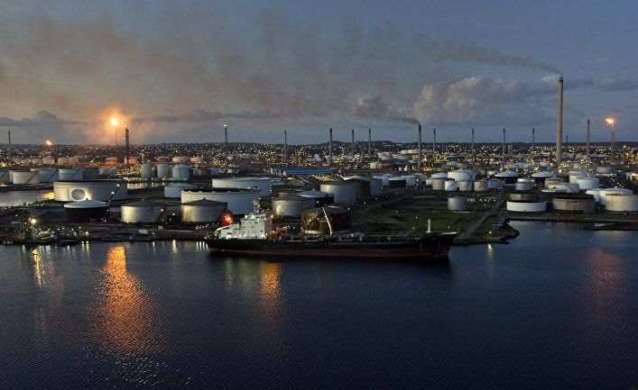 Oil refinery on the island of Curacao