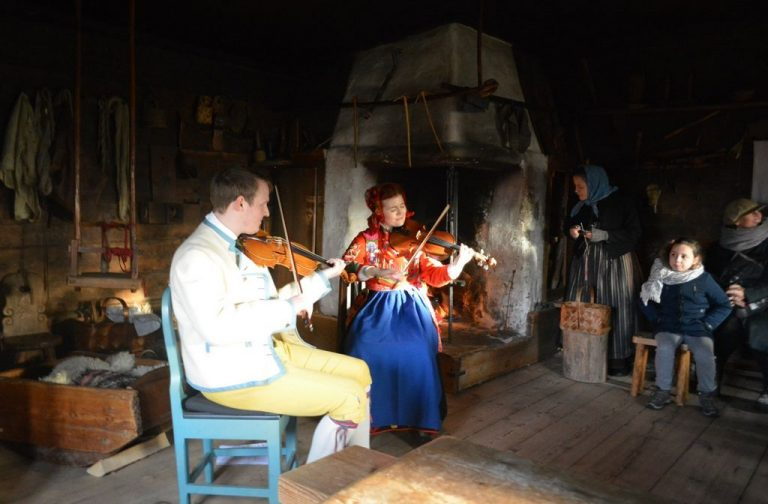 Performance in one of the houses