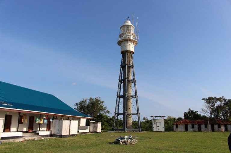 At the extreme northern point of the island there is a lighthouse