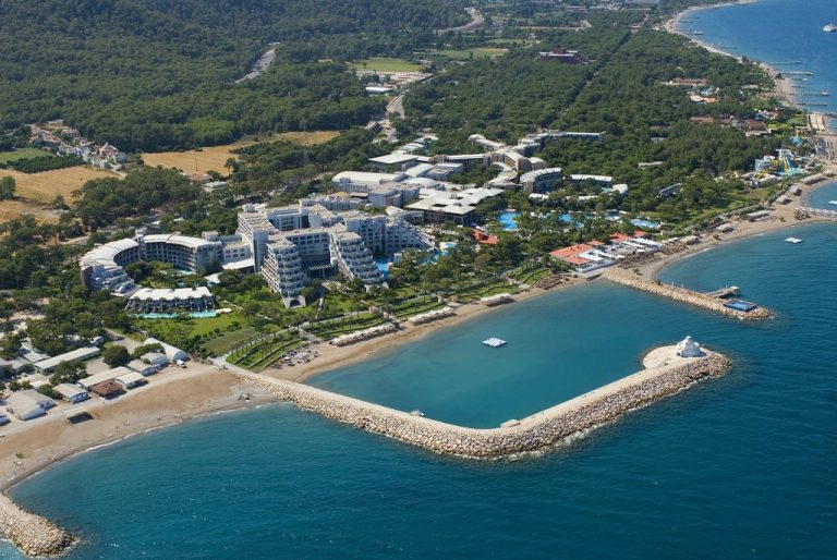 Top view of the Rixos Sungate Hotel