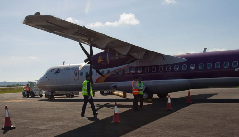 By plane from Siem Reap to Sihanoukville