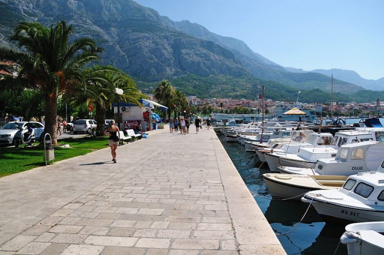 Embankment Makarska