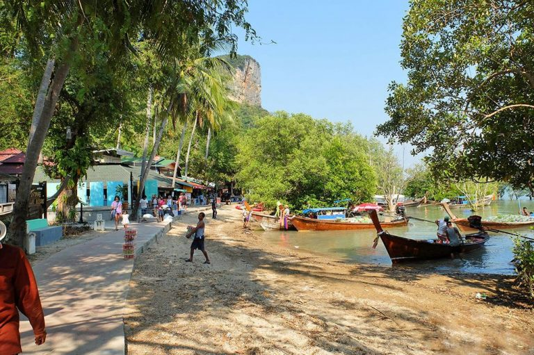 Concrete embankment along Railay East