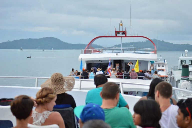 From Phuket to Pi-Pi-Don Island by ferry