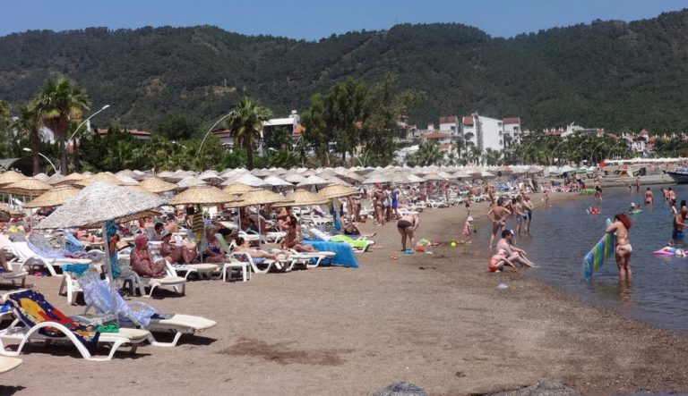 Holidays on the beach of Icmeler