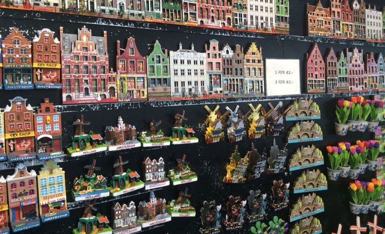 Souvenir magnets from Amsterdam