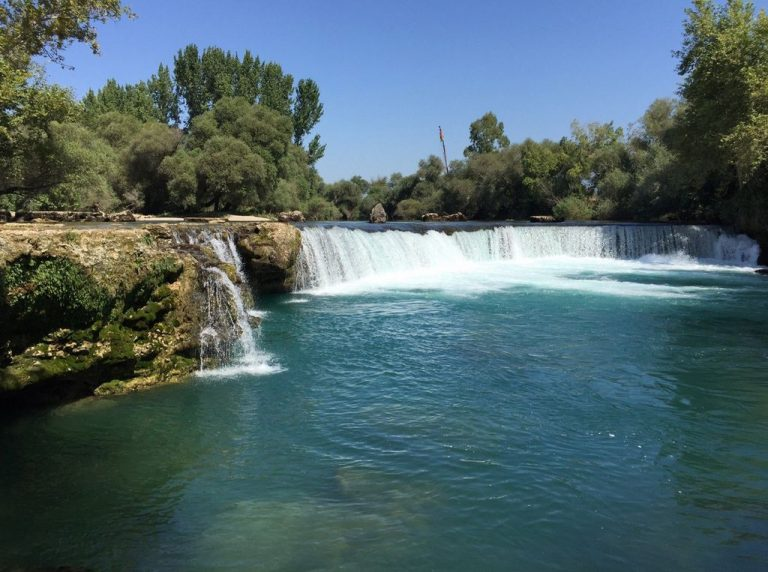 The height of the Manavgat Falls is about 2 meters