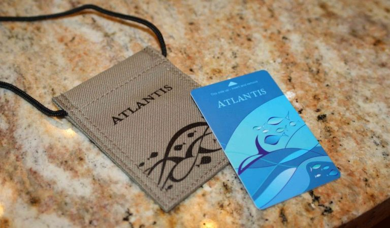 Entrance to the water park is free for guests of Atlantis Hotel