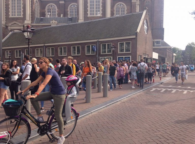 Queue at the Anne Frank Museum