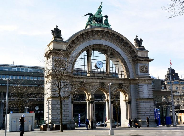 Train station in lucerne