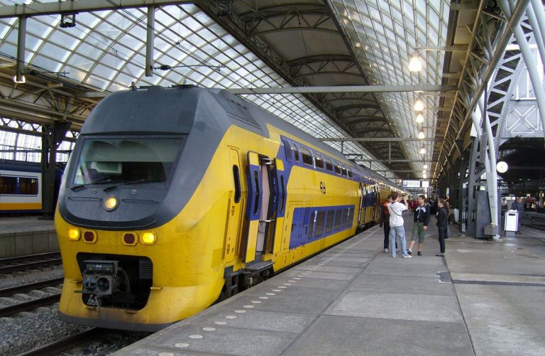 Train from Amsterdam to Delft