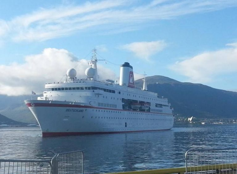 Troms cruise ship