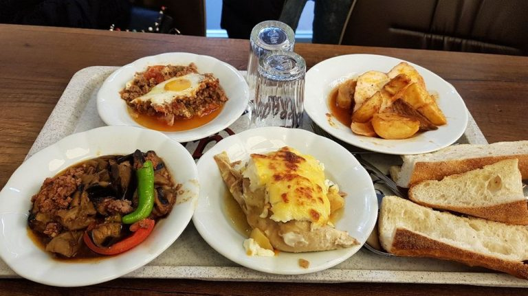 Tasty and not expensive food in Istanbul
