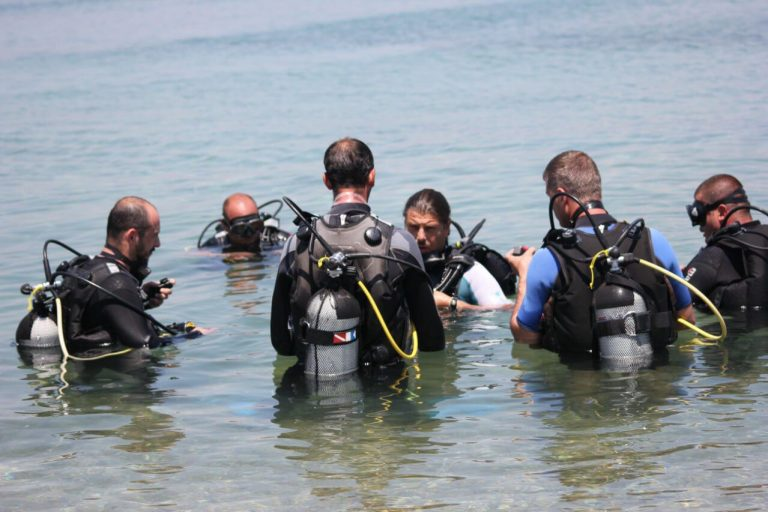 Instruction and training in diving at Blue Diving Center