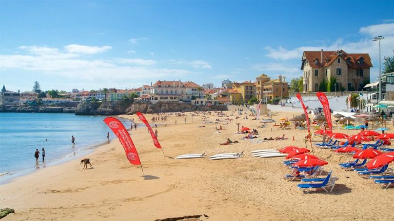 Beach in the village of Cascais