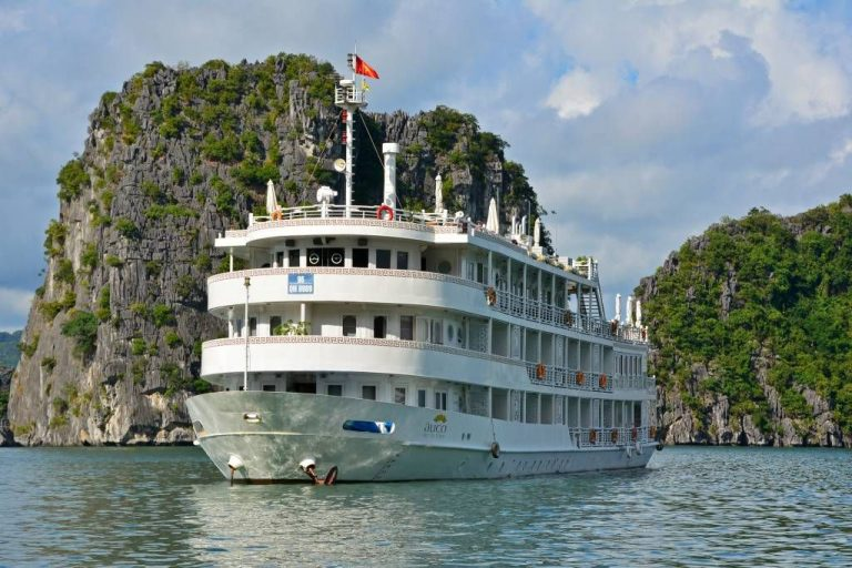 Photo: Halong Bay Ship